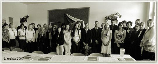 absolventi_2007-4R