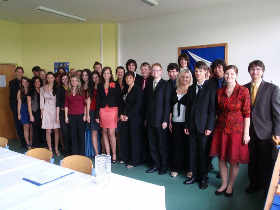 absolventi_2010-8
