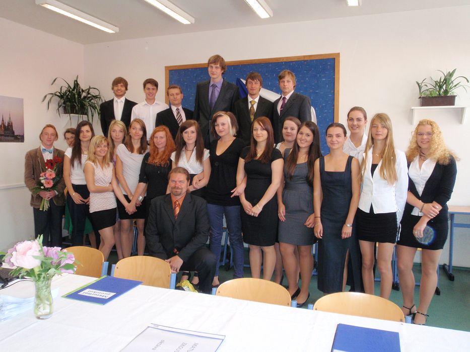 absolventi_2012-8